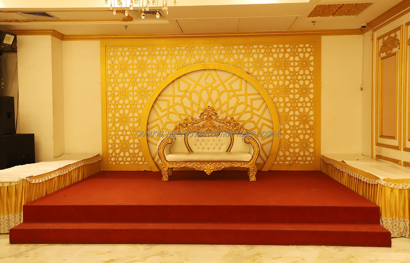 Find the availability of the All Heavens Gold Hall 1 (A/C) in Brittania Chowk, Delhi and avail special offers