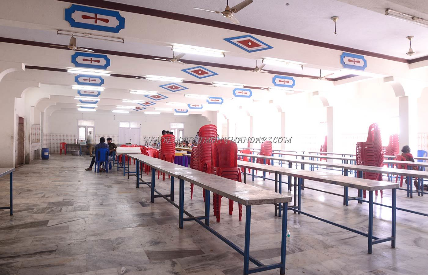 Find the availability of the Sri Vignesh Mahal (A/C) in Pammal, Chennai and avail special offers