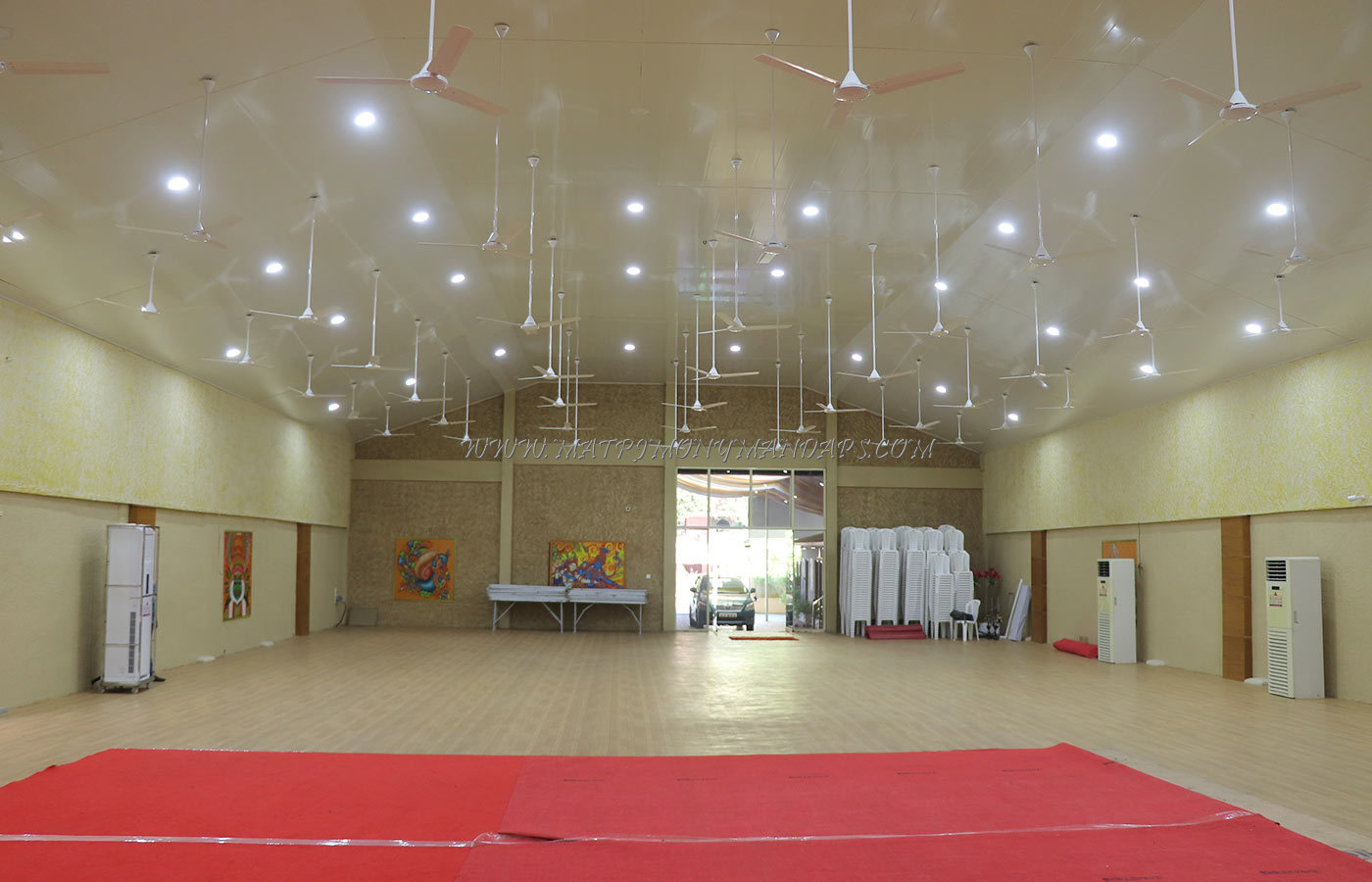 Find the availability of the Avishkkar Mini Hall in Edappally, Kochi and avail special offers