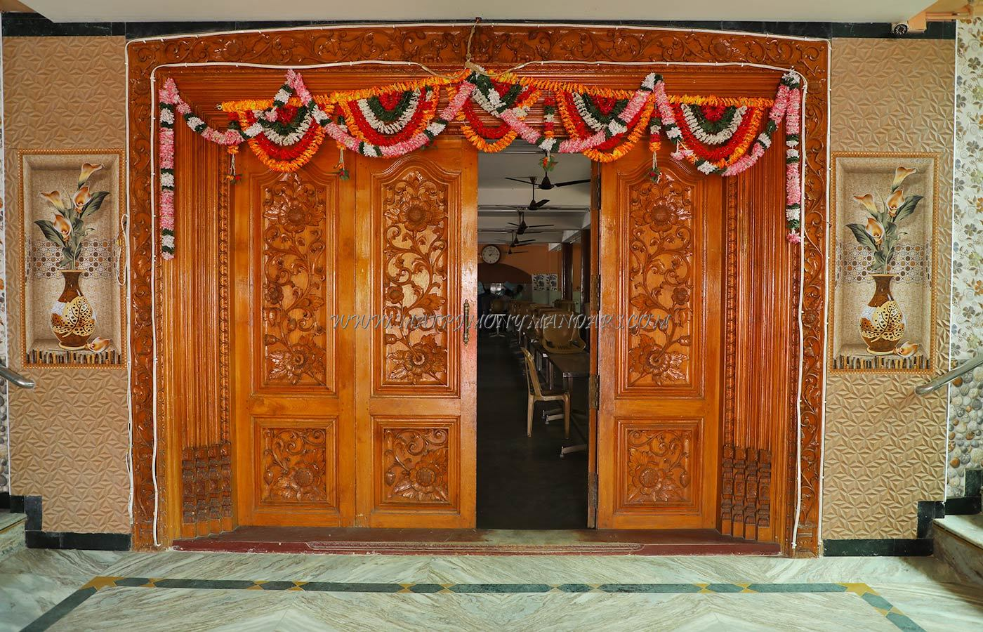 Find the availability of the R Samikkannu Dhanammal Thirumana Mahal in Ariyankuppam, Pondicherry and avail special offers