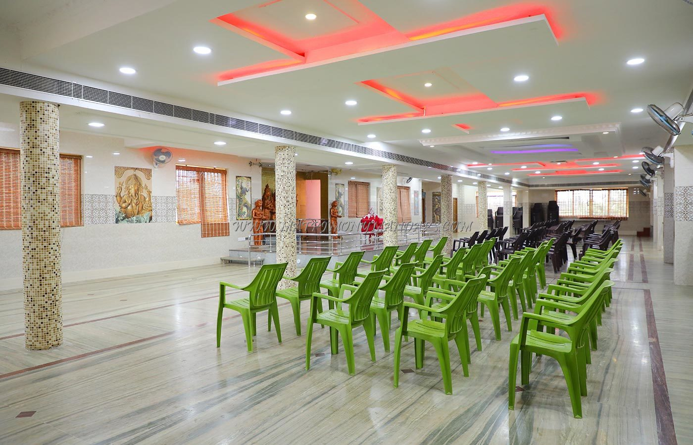 Find the availability of the Boobalan Thangamani Thirumana Mandapam (A/C) in Ariyankuppam, Pondicherry and avail special offers