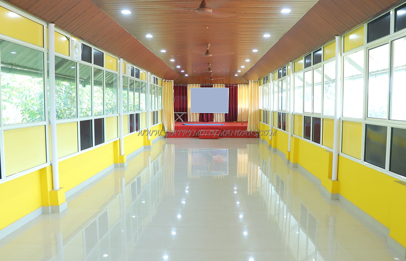 Find the availability of the Palathinkal Hall in Tripunithura, Kochi and avail special offers