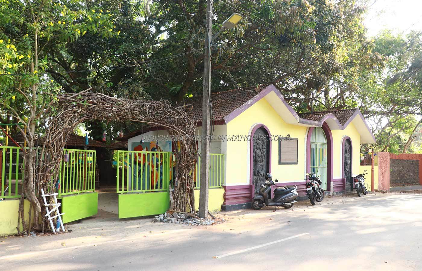 Find the availability of the Chilla Art Cafe in Alappuzha, Alappuzha and avail special offers